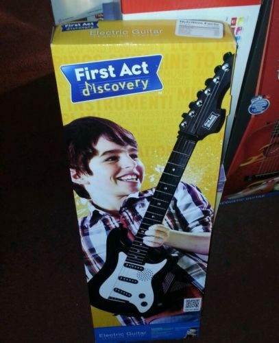 first act discovery junior electric guitar built in amp speakers gamesplus. Black Bedroom Furniture Sets. Home Design Ideas