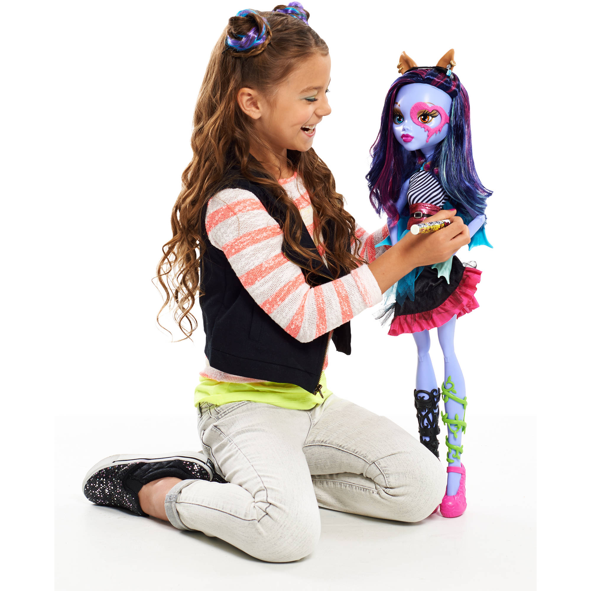 Monster High 28 Voltageous Ghoul Friend Doll Gamesplus
